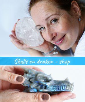 Kristallen, skulls en draken