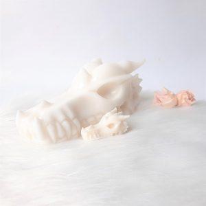 Witte jadedraak is 17.5 cm lang 1280 gram - De Lichtkracht Academie