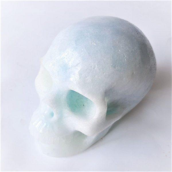 Aragonietskull 12.7 cm - De Lichtkracht Academie- https://fannyvanderhorst.nl/portfolio/kristallen-schedels-en-draken/